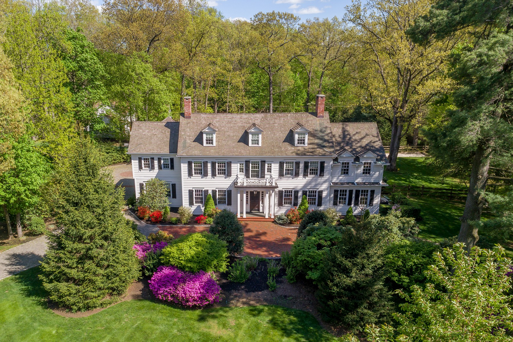 Single Family Home for Sale at Colonial Revival Home 21 Normandy Parkway Morris Township, New Jersey 07960 United States