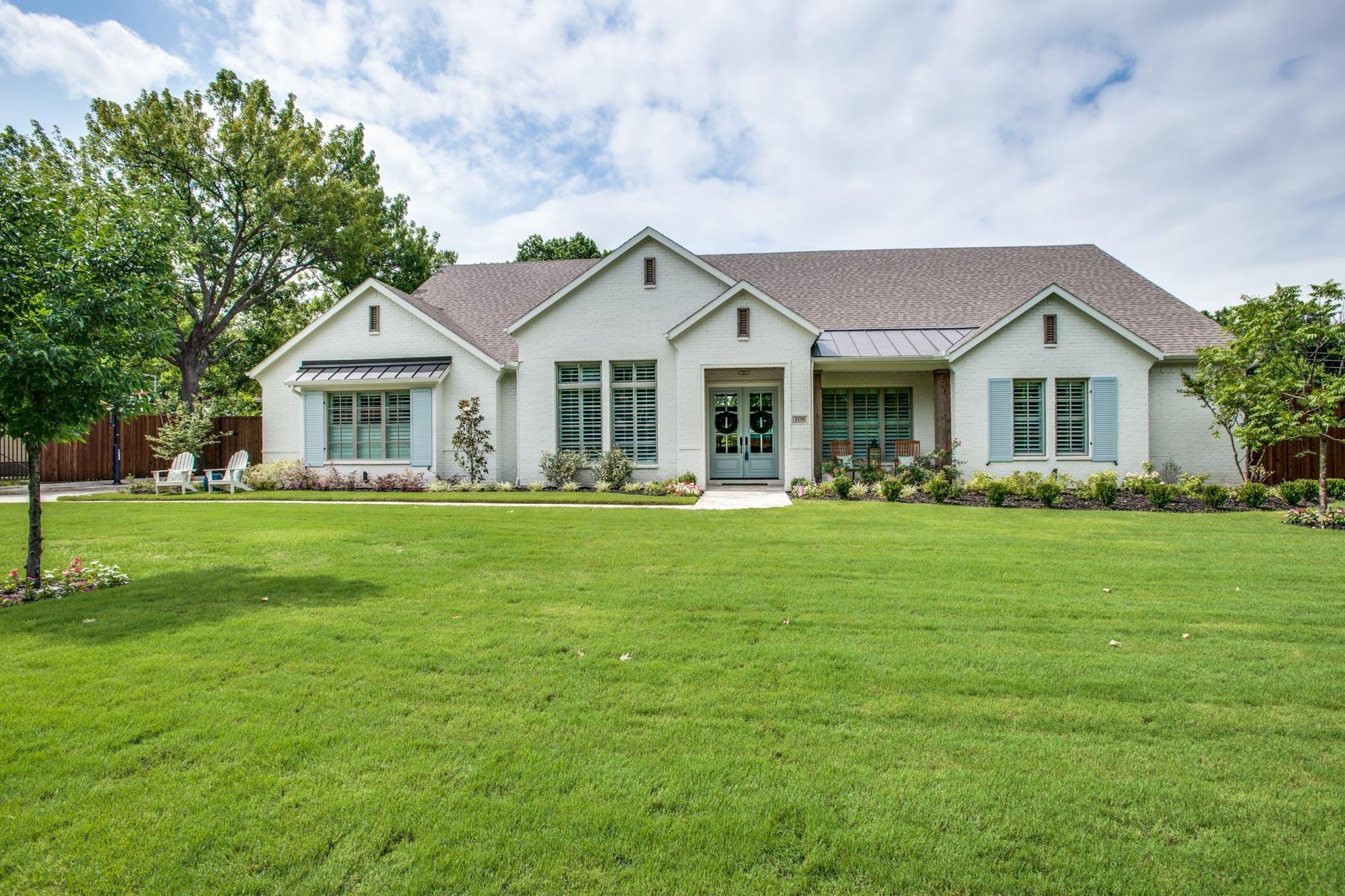 واحد منزل الأسرة للـ Sale في Williamsburg Custom 4106 Creekdale Drive, Dallas, Texas, 75229 United States