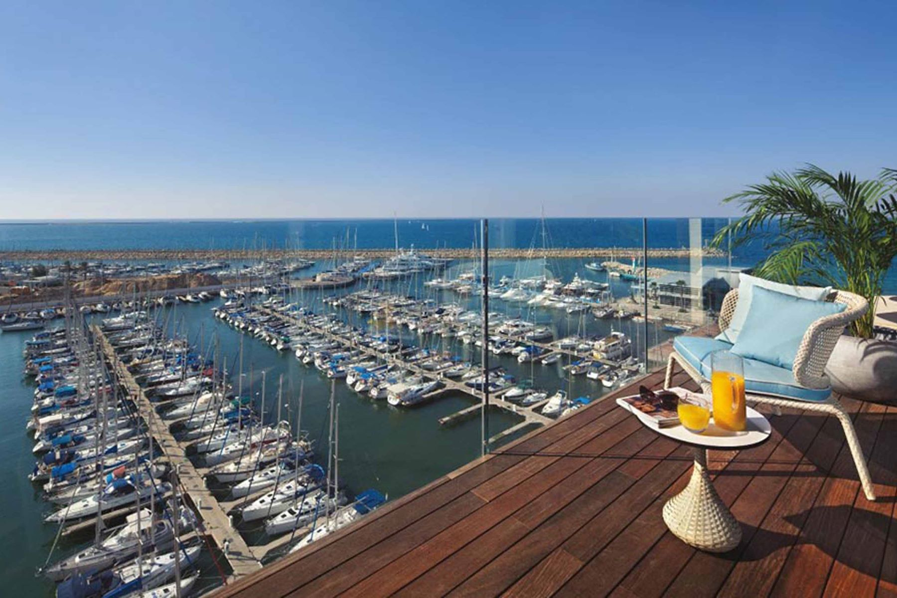 Additional photo for property listing at Ritz-Carlton Residences Herzliya Apartment Herzliya, Israel Israel