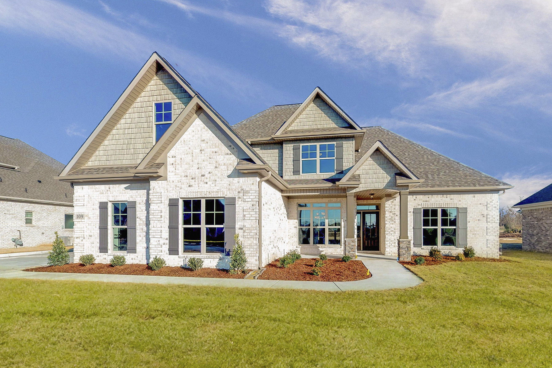 Single Family Home for Active at 142 Madelyn Drive Meridianville, Alabama 35759 United States
