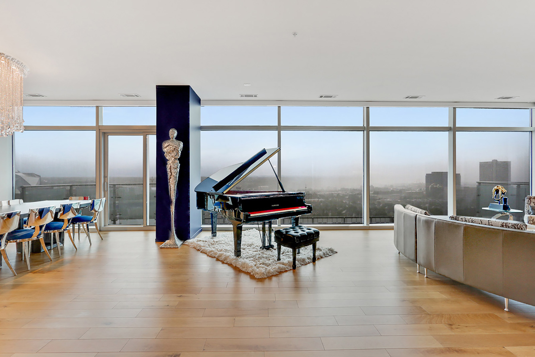 Condominium for Sale at Effortless Luxury Living At The W Residences, A Modern Home In The Clouds 45 Ivan Allen Jr Boulevard NW No. 2404 Atlanta, Georgia 30308 United States