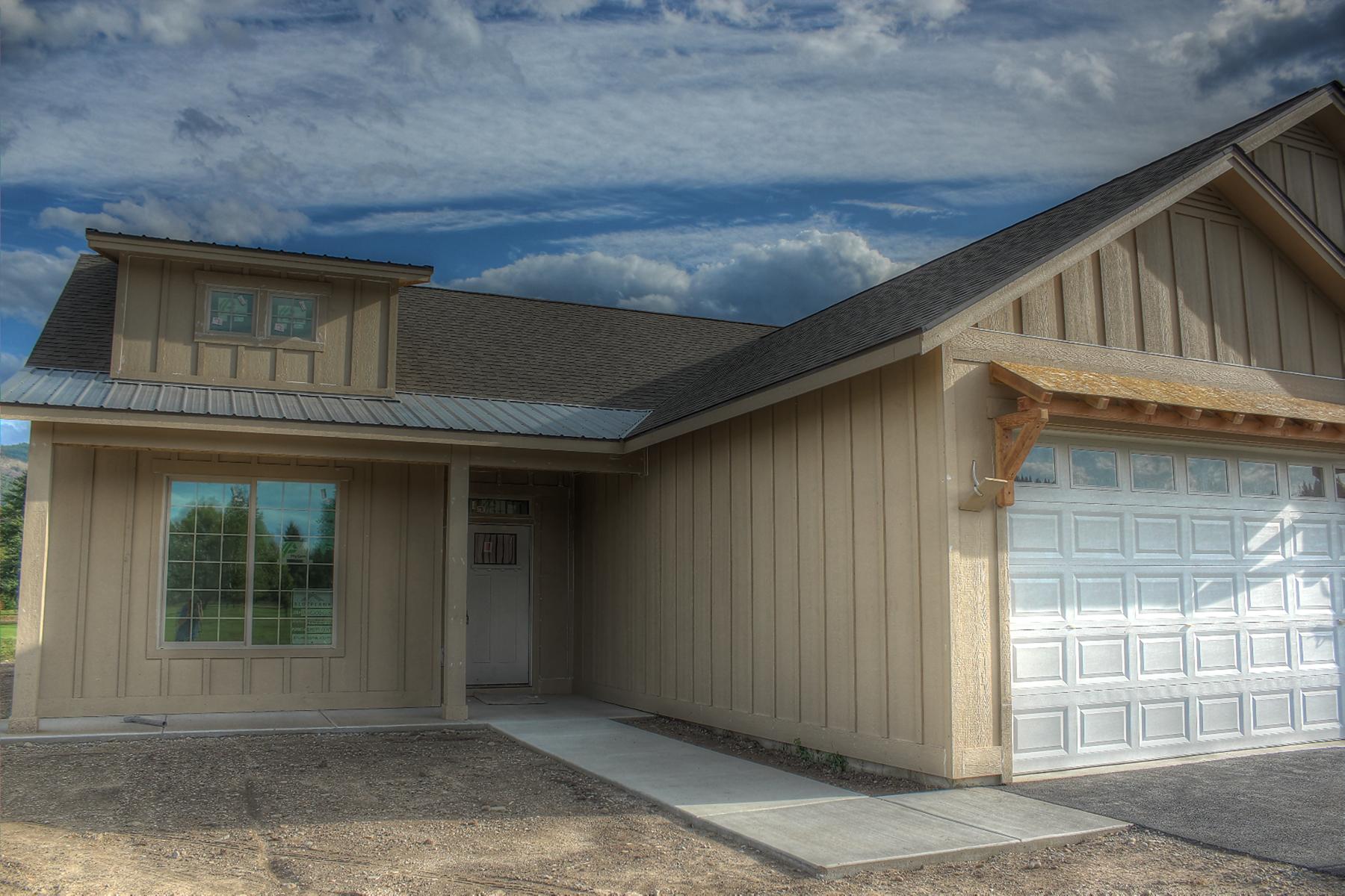 Single Family Homes por un Venta en River View Ridge-Grand 16 Rimrock Priest River, Idaho 83856 Estados Unidos