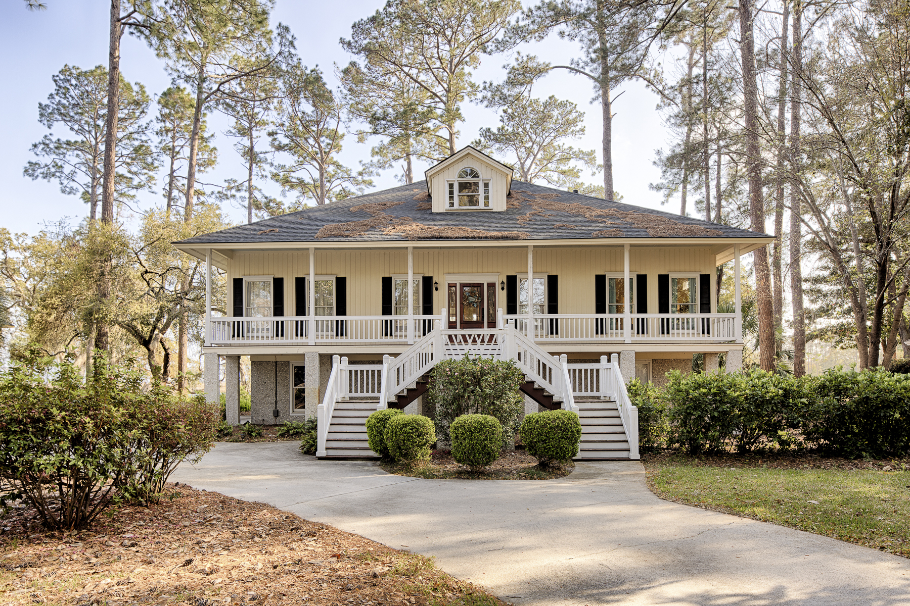 Single Family Home for Sale at 4 Fat Friars Retreat Skidaway Island, Georgia, 31411 United States