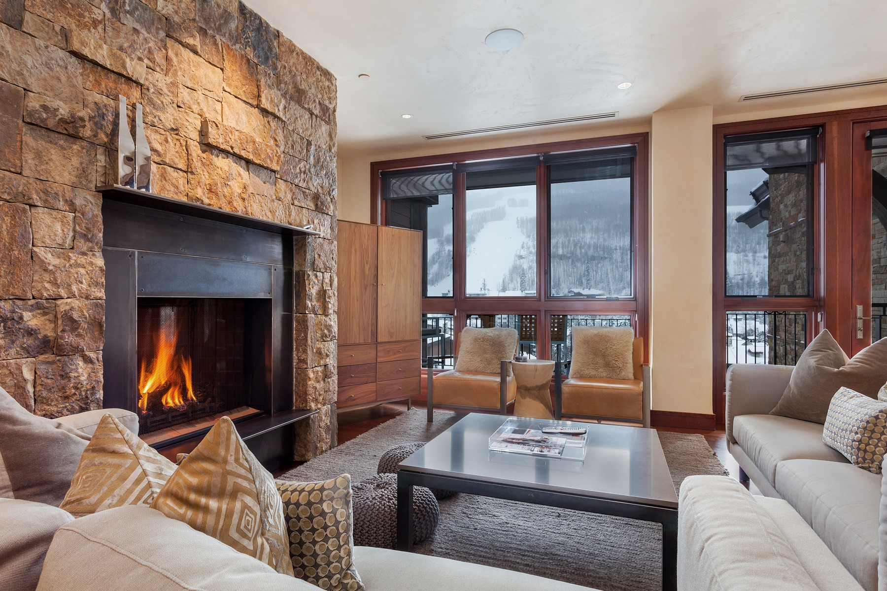 Condominium for Active at Solaris Residences #7AW 141 East Meadow Drive #7AW Vail, Colorado 81657 United States