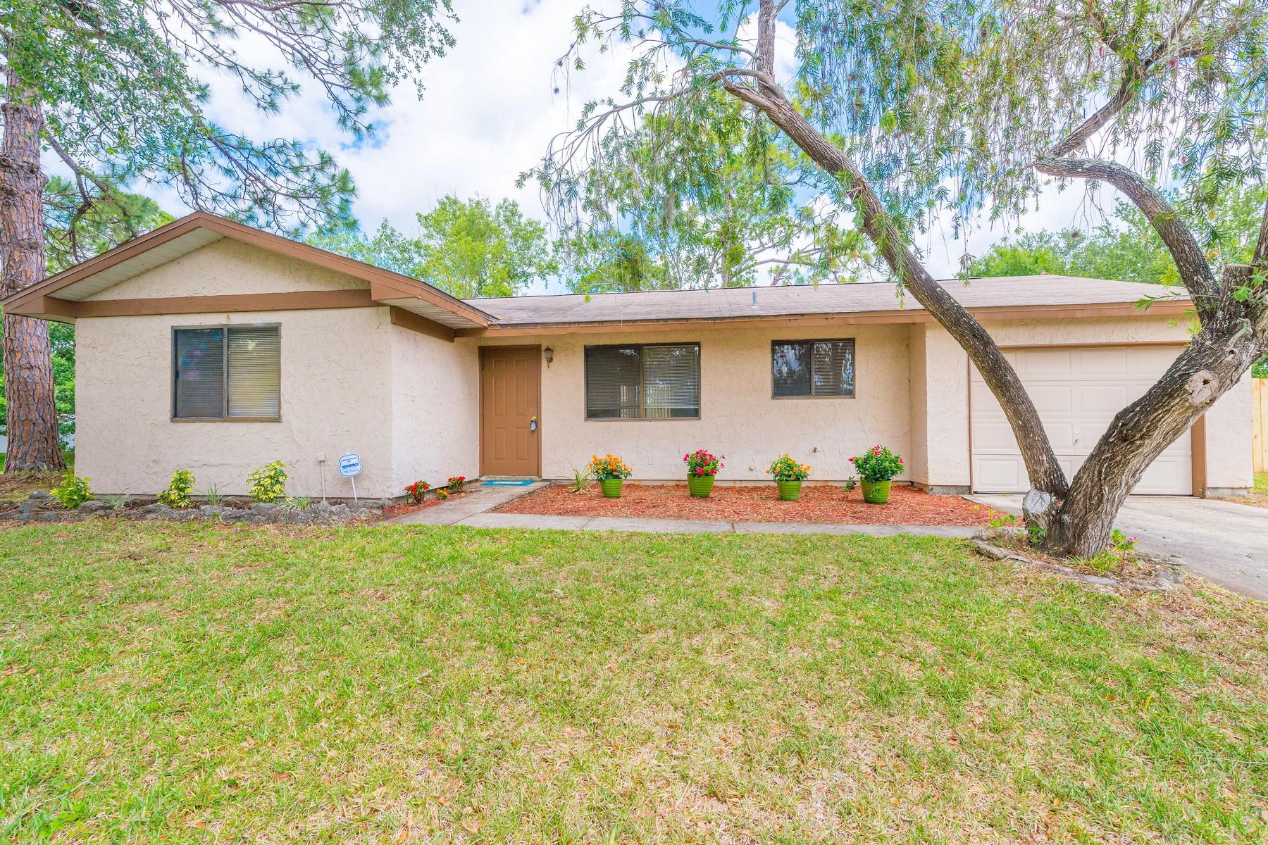 Casa Unifamiliar por un Venta en 1111 Flagami Road 1111 Flagami Road SE Palm Bay, Florida, 32909 Estados Unidos