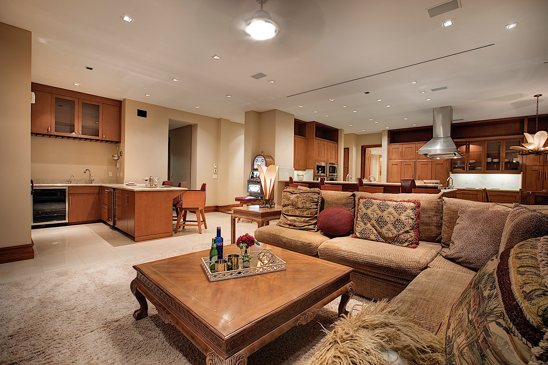 Additional photo for property listing at The Summit on Red Arrow Drive in Red Rock Country Club 2874 Red Arrow Drive Las Vegas, Nevada 89135 United States
