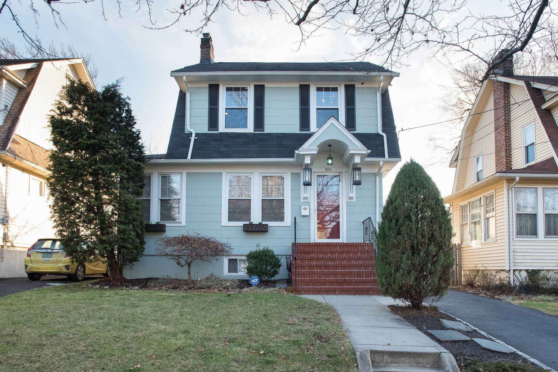 Single Family Home for Sale at Charming Dutch Colonial 928 Columbus Ave, Westfield, New Jersey, 07090 United States