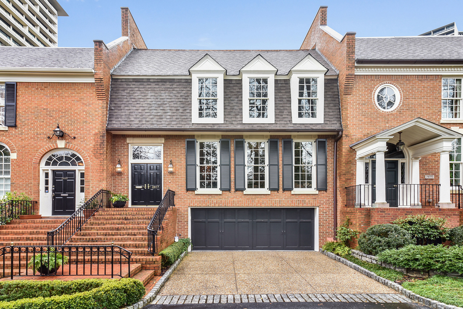 Townhouse for Sale at Stunning Buckhead Townhome 2617 Peachtree Rd NE Atlanta, Georgia 30305 United States