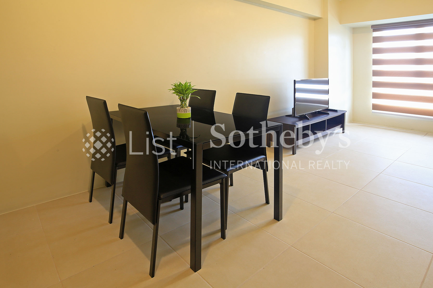 Additional photo for property listing at Modern 1 Bedroom Unit in BGC  Taguig, Luzon 1634 Philippines