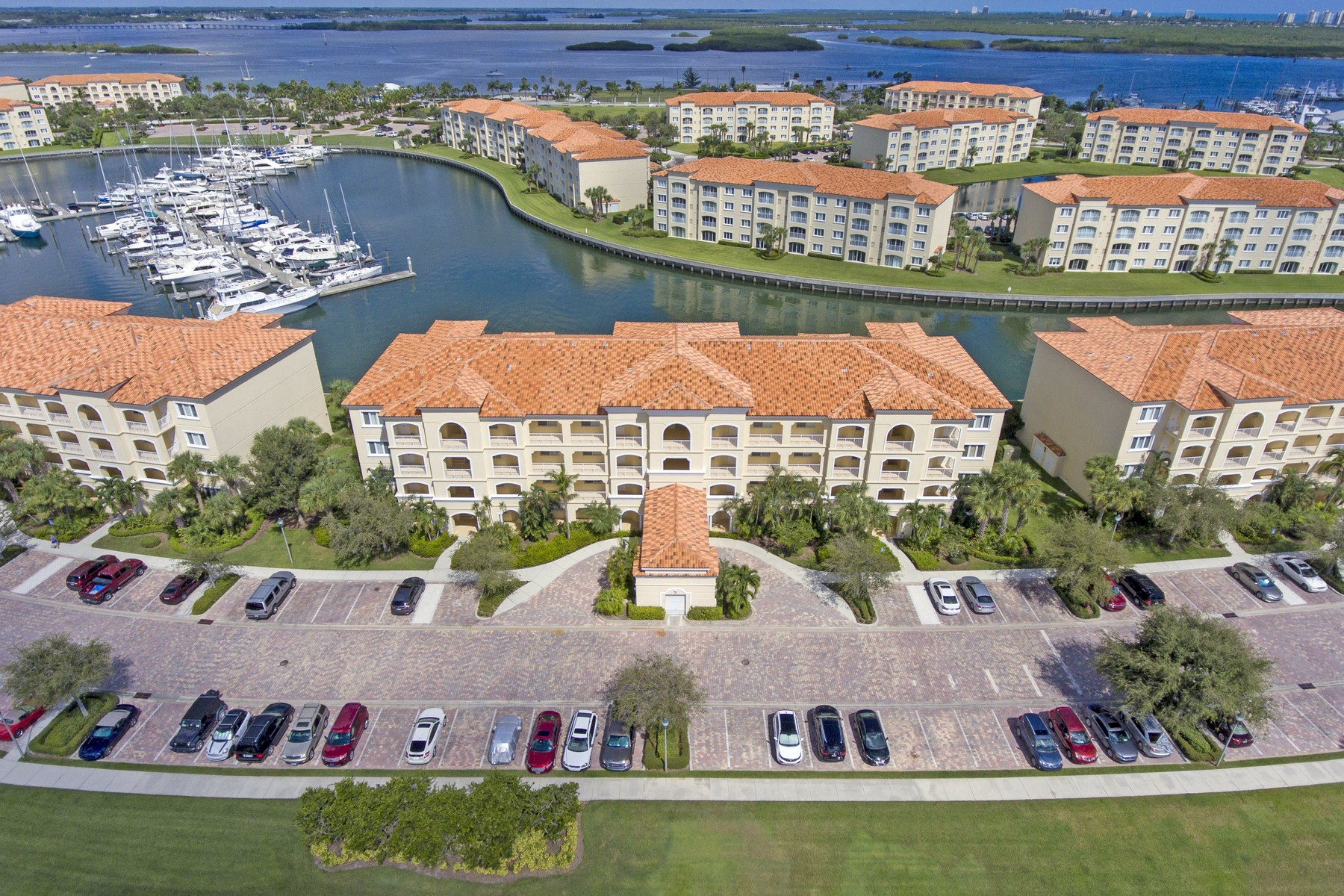 Single Family Home for Sale at Harbour Isle, Hutchinson Island Resort Living 17 Harbour Isles Drive PH 01 Fort Pierce, Florida 34949 United States