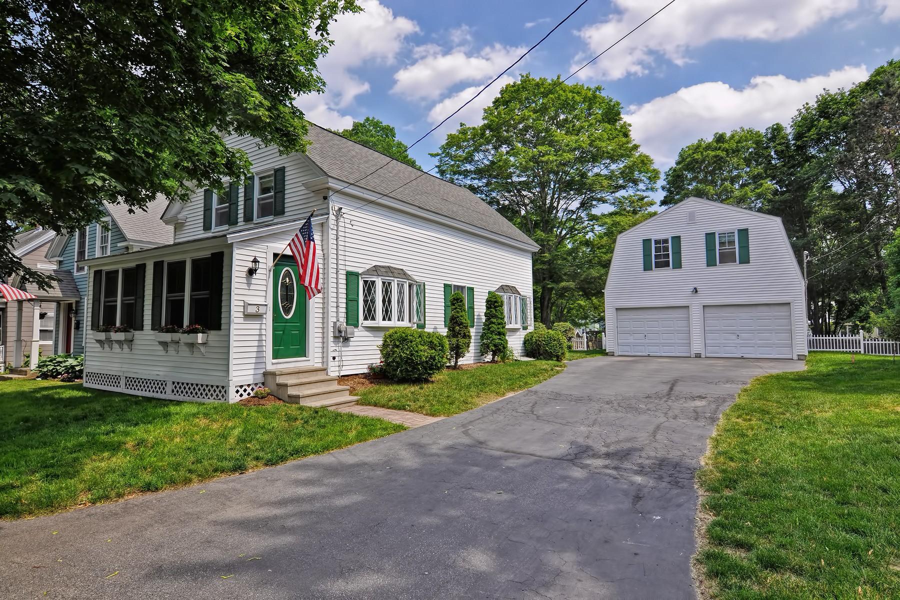 단독 가정 주택 용 매매 에 Quaint New England Colonial Near Downtown Westborough 3 Elm Street Westborough, 매사추세츠, 01581 미국