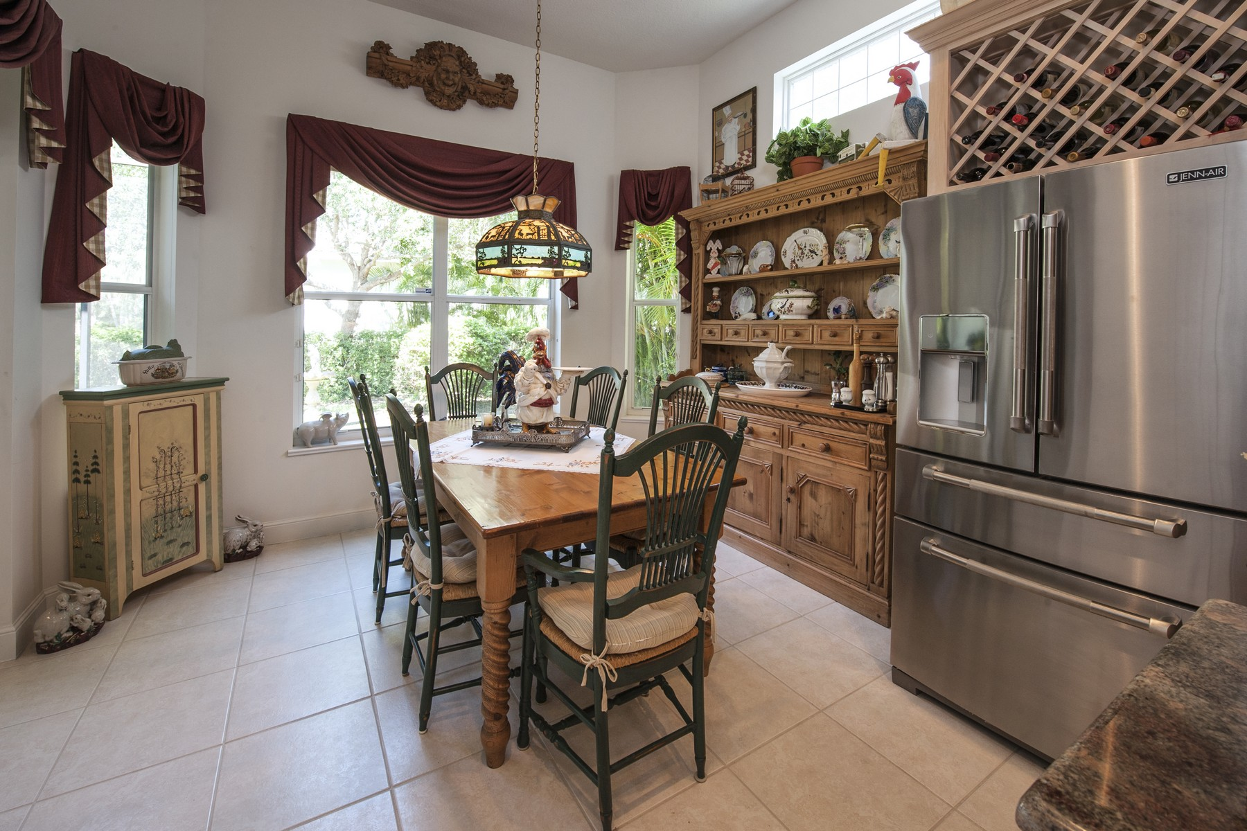 Additional photo for property listing at Gorgeous Estate Home in Island Club 1292 W Island Club Square Vero Beach, 佛羅里達州 32963 美國
