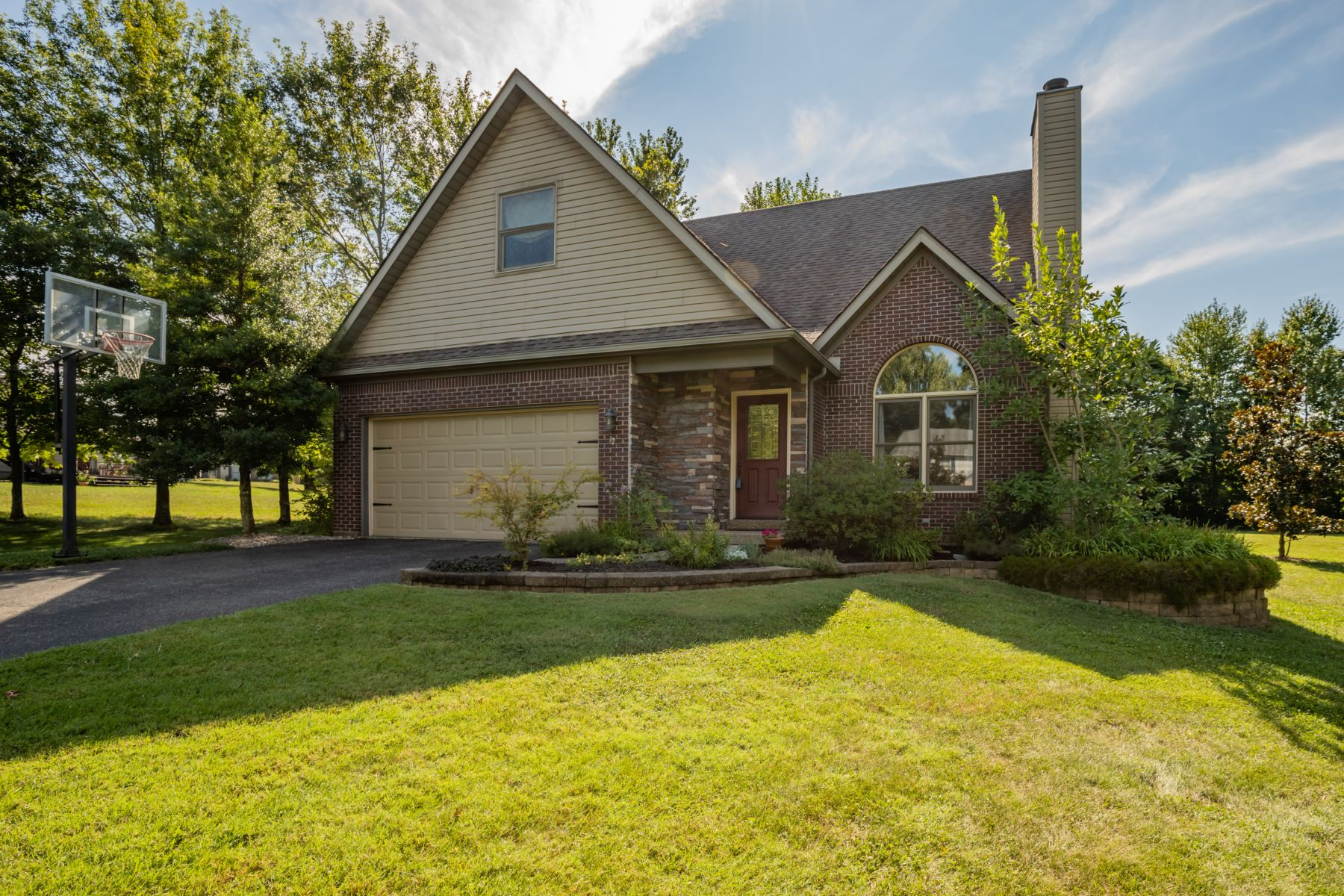 Single Family Homes por un Venta en Greenville, Indiana 47124 Estados Unidos