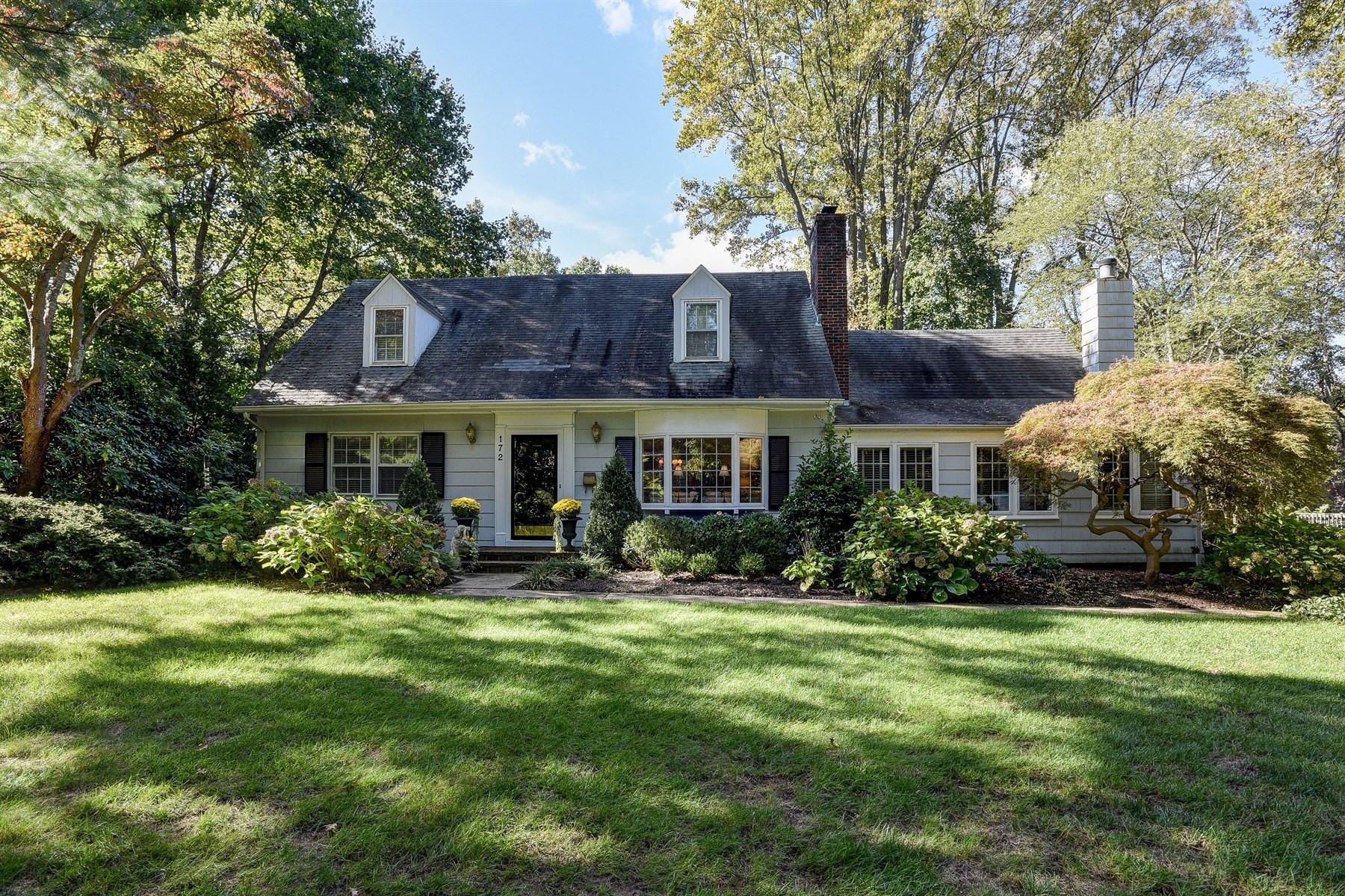 Maison unifamiliale pour l à louer à Classic River Oaks Cape 172 Buena Vista Ave Fair Haven, New Jersey 07704 États-Unis