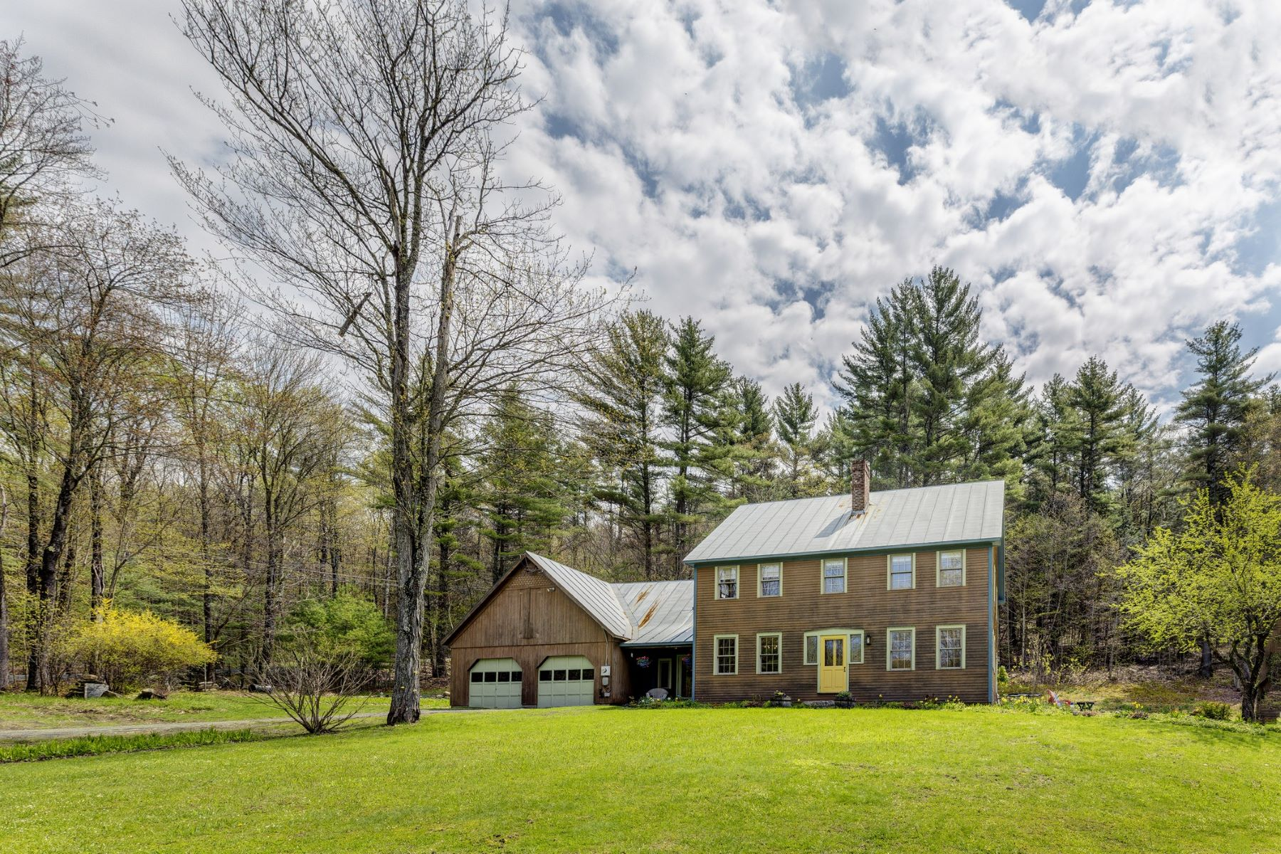 Single Family Homes for Sale at 38 Birch Hill Lane, Norwich 38 Birch Hill Ln Norwich, Vermont 05055 United States