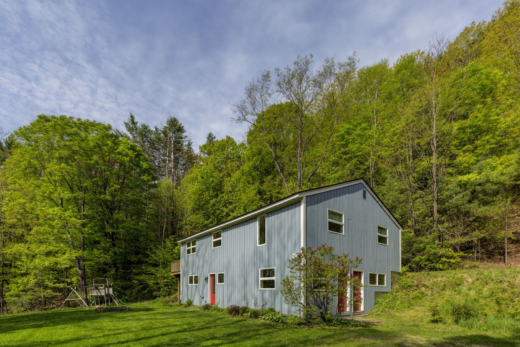 single family homes for Sale at 961 New Boston Road, Norwich 961 New Boston Rd Norwich, Vermont 05055 United States