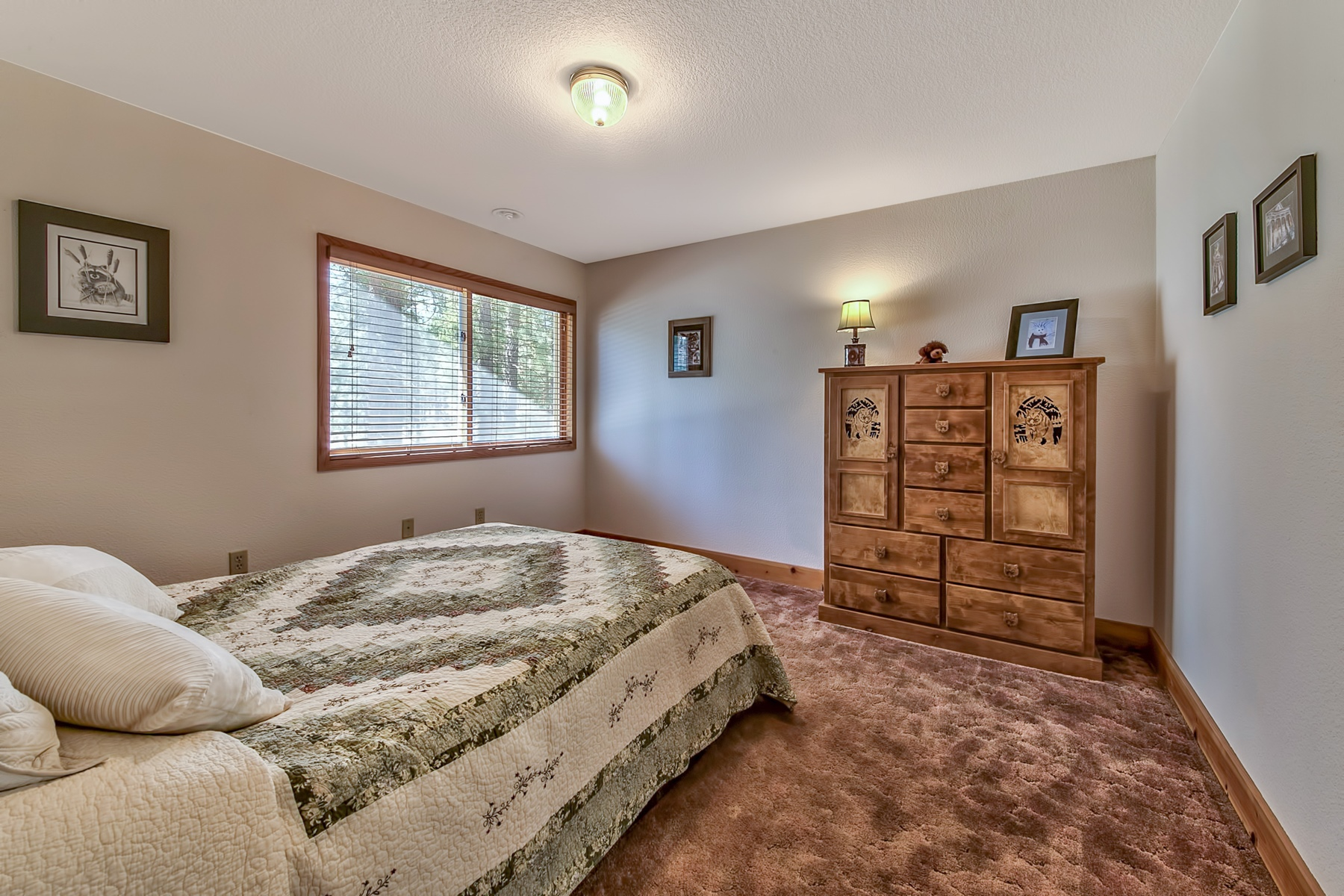 Additional photo for property listing at 350 Rabbit Brush, Portola, California 96122  波托拉, 加利福尼亚州 96122 美国