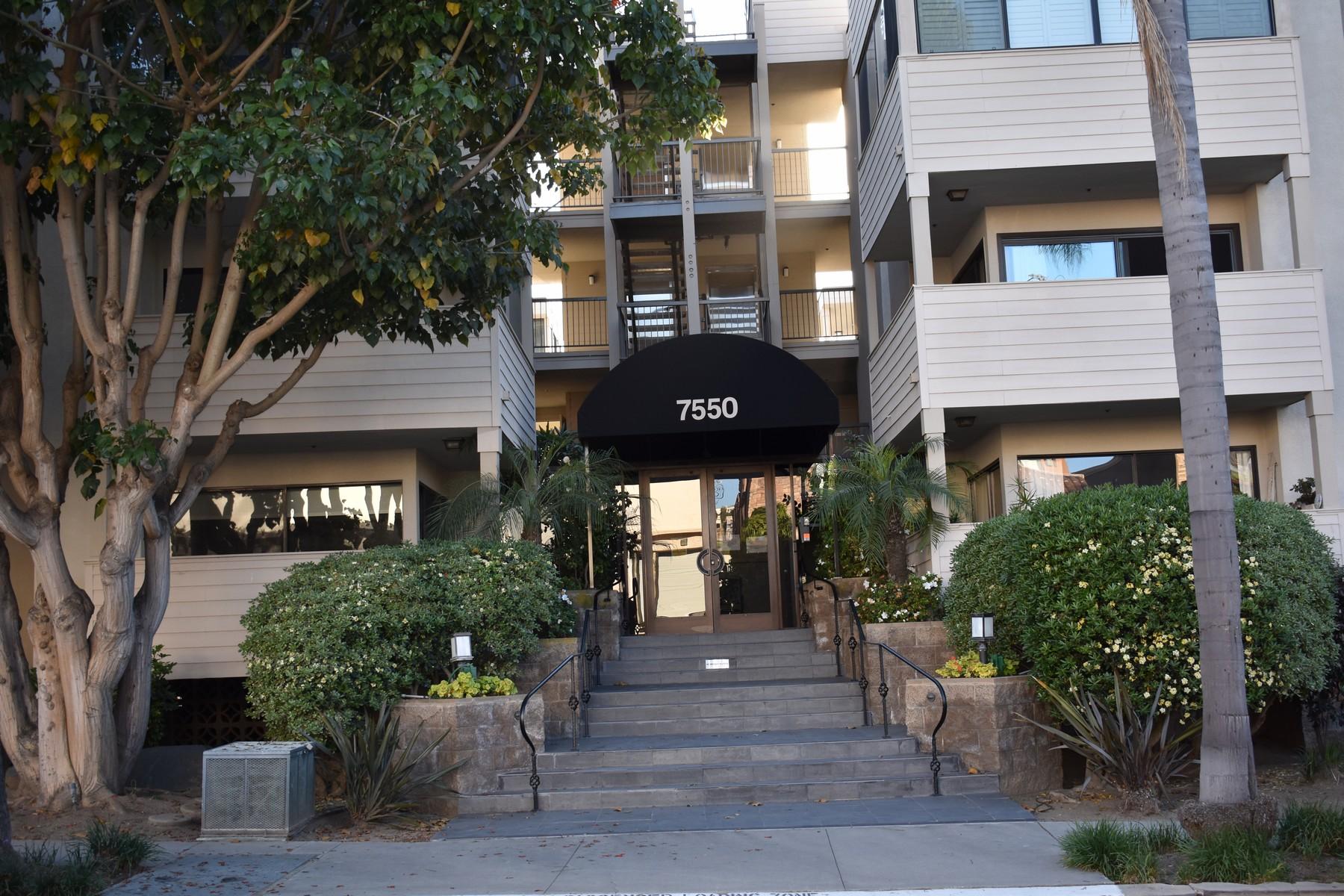 Appartement en copropriété pour l Vente à 7550 Eads 101 La Jolla, Californie, 92037 États-Unis