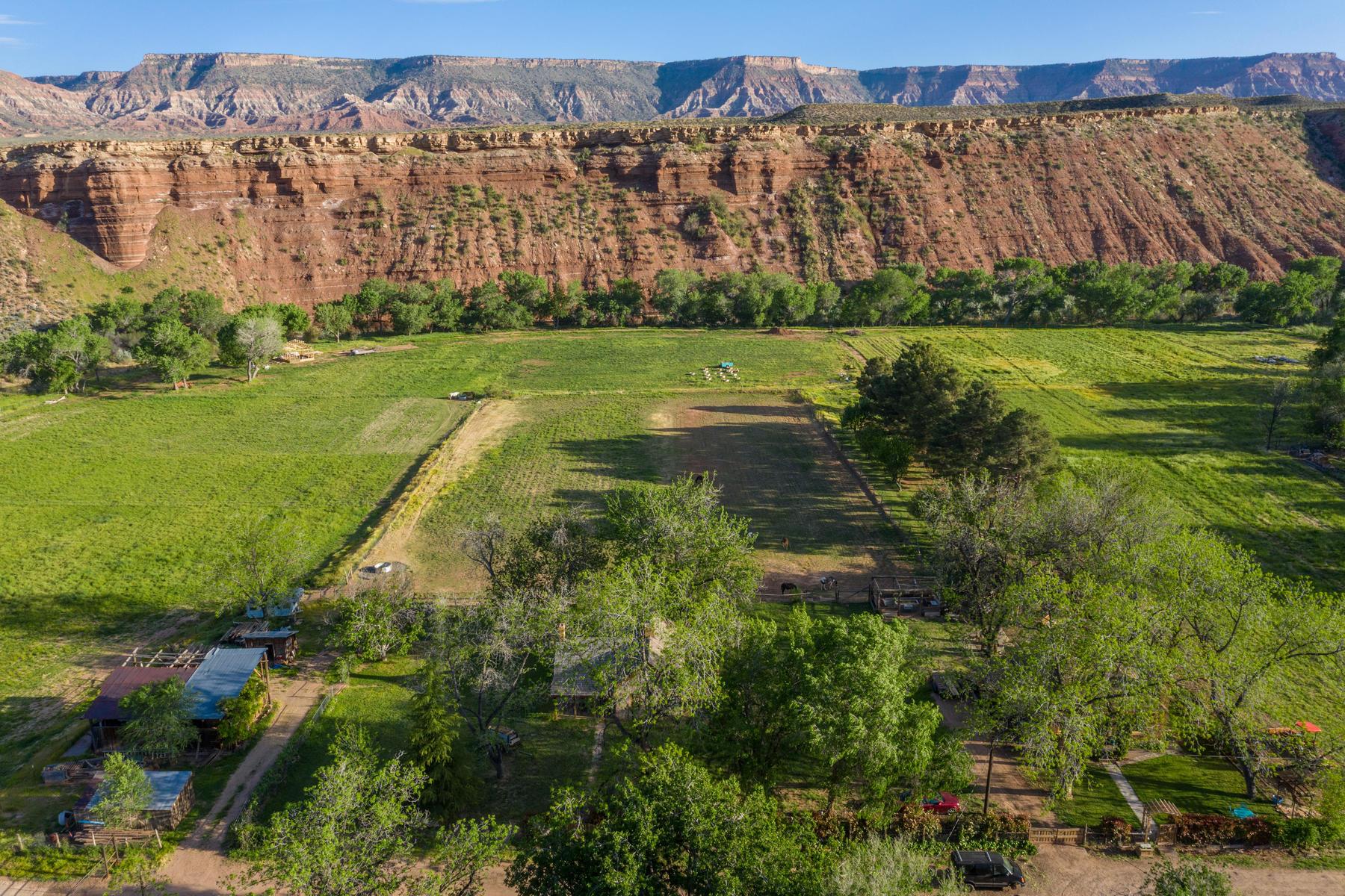 토지 용 매매 에 24-Acre Riverfront Ranch Near Zion 89 East 130 South (Jepson St) Virgin, 유타 84779 미국