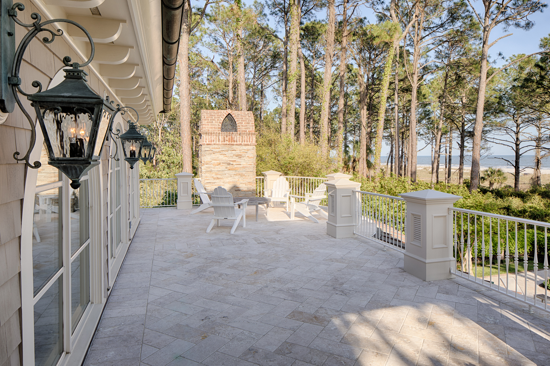 Additional photo for property listing at Oceanfront Home in Sea Pines Oceanfront in Sea Pines, Hilton Head Island, サウスカロライナ 29928 アメリカ