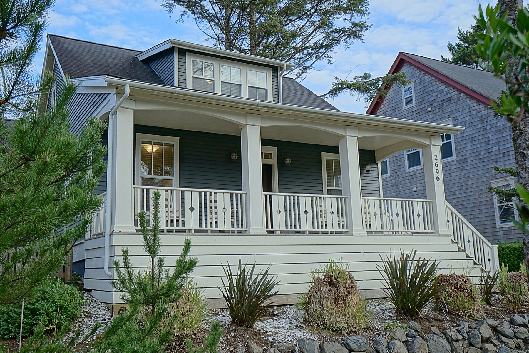 Single Family Homes for Active at 2696 SW BARNACLE AVE Lincoln City, Oregon 97367 United States