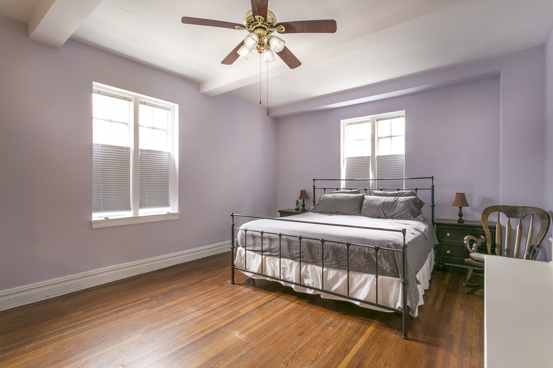 "Additional photo for property listing at ""SPACIOUS COOP APARTMENT WITH GARDEN VIEWS"" 10 Holder Place, Apt 1B Forest Hills Gardens, Forest Hills, New York 11375 United States"