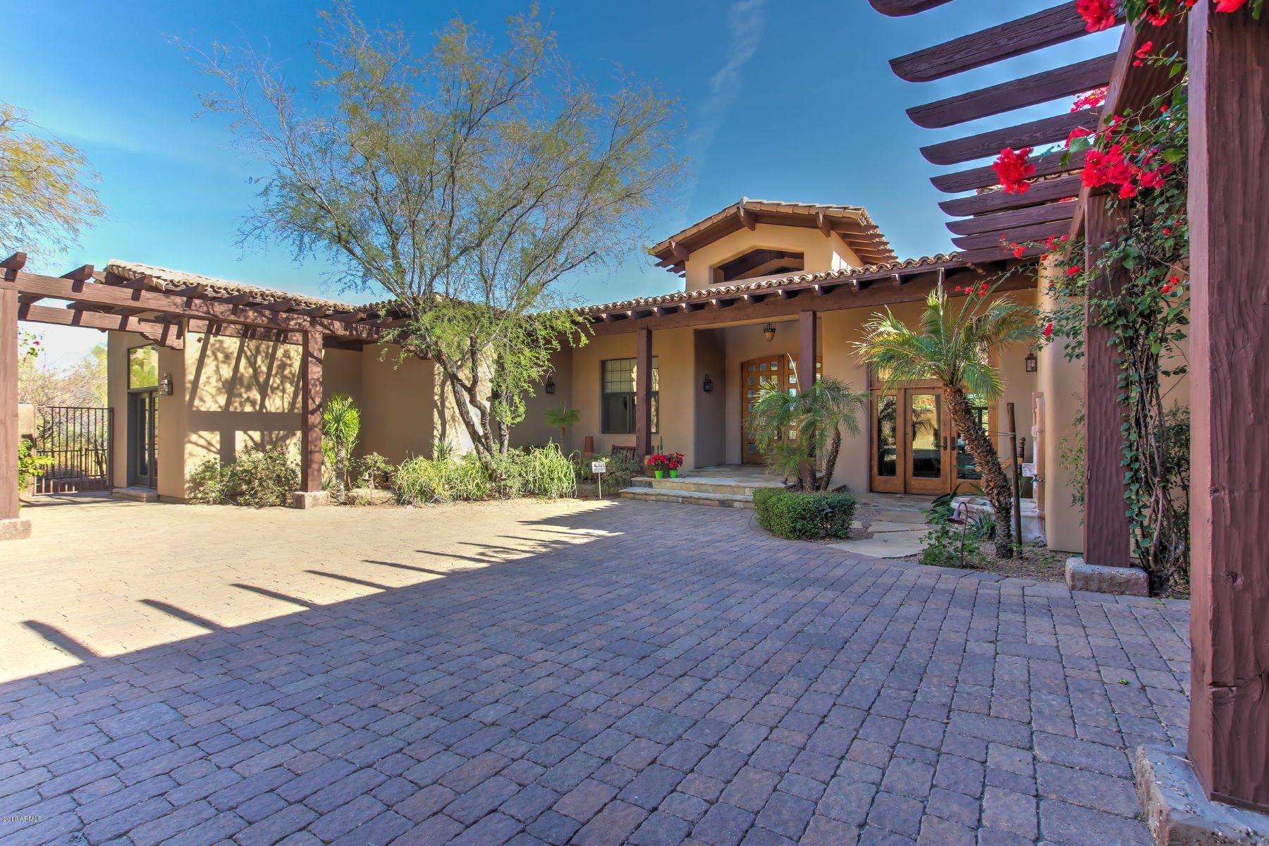 واحد منزل الأسرة للـ Sale في Stunning Single Level Estate 9755 N Red Bluff Dr, Fountain Hills, Arizona, 85268 United States