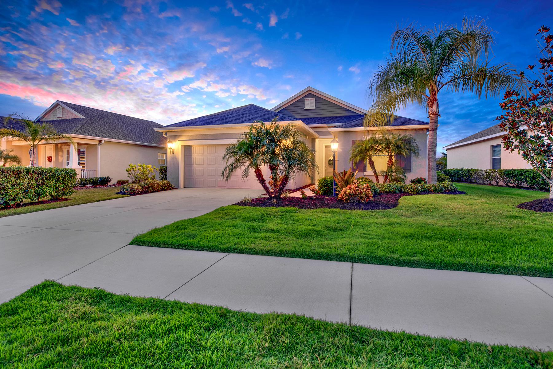 Single Family Homes のために 売買 アット CENTRAL PARK 12147 Longview Lake Cir Bradenton, フロリダ 34211 アメリカ