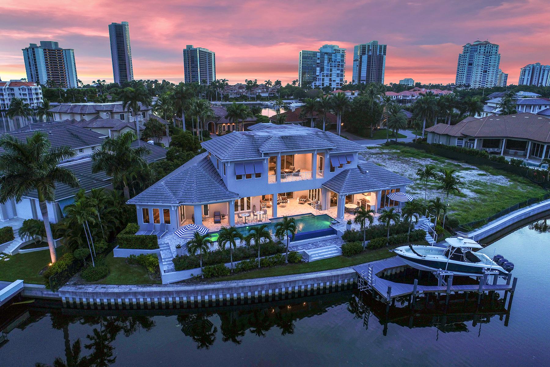 Single Family Homes por un Venta en 310 Devils Bight Nápoles, Florida 34103 Estados Unidos