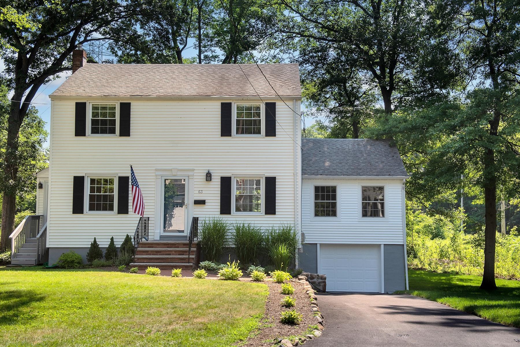 Villa per Affitto alle ore Newly Renovated Colonial 63 Tallmadge Avenue, Chatham, New Jersey 07928 Stati Uniti