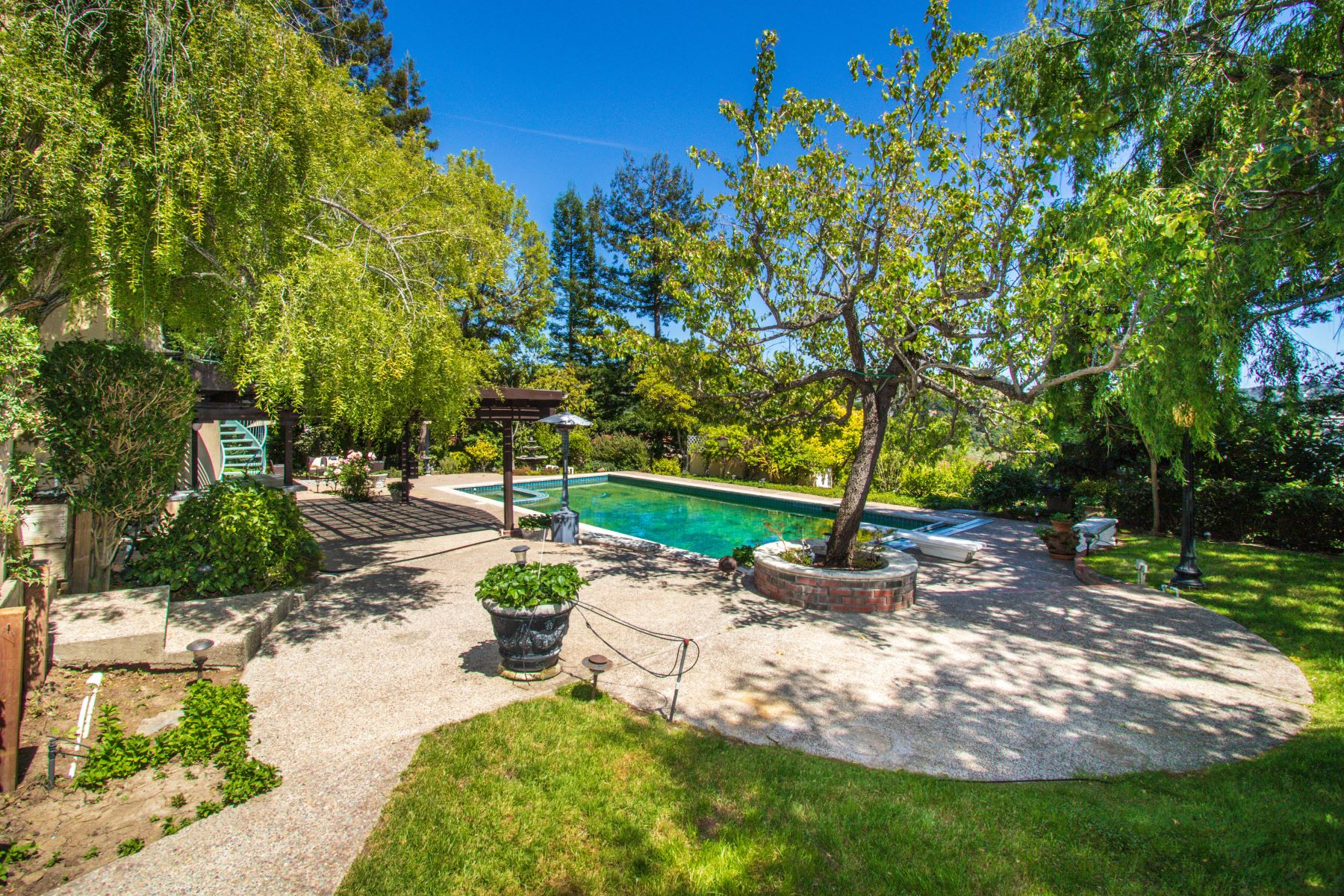Single Family Homes for Active at Captivating Hillsborough Home in Tranquil, Private Setting 1255 Lakeview Drive Hillsborough, California 94010 United States
