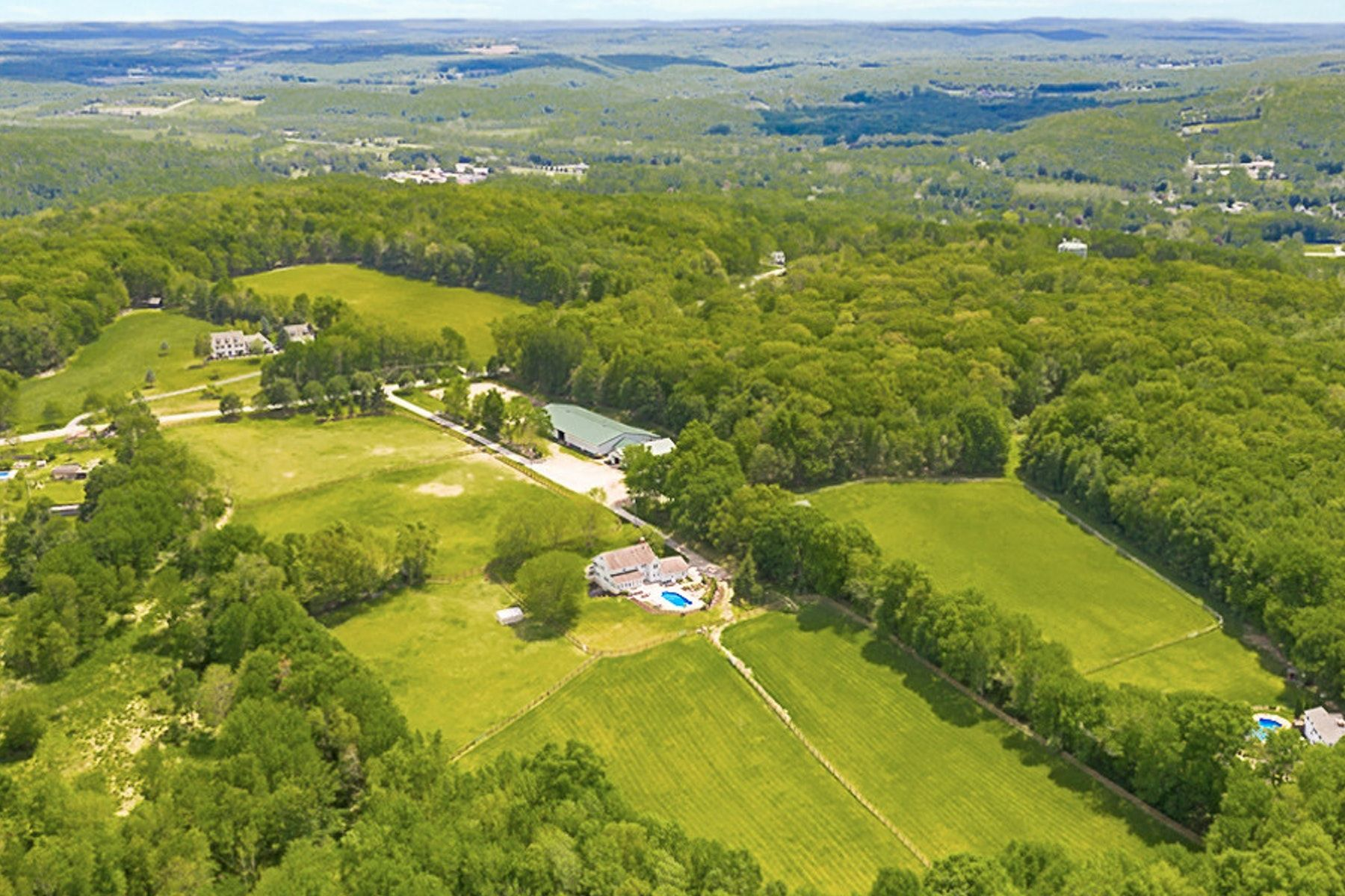 Single Family Homes para Venda às Equestrian Estate - Little Pine Farm 57 Fox Hill Road, Branchville, Nova Jersey 07826 Estados Unidos