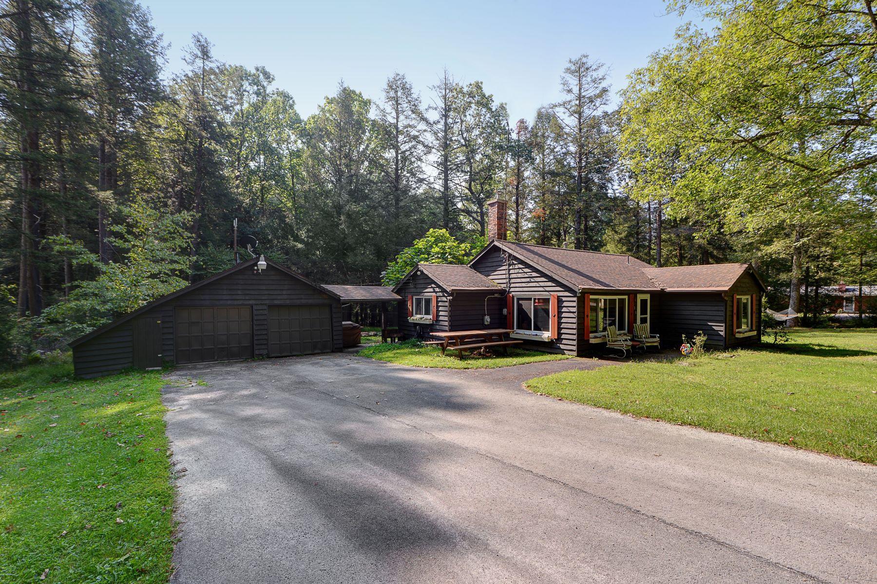 Single Family Homes for Sale at 220 DW Lane Ligonier Township, Pennsylvania 15658 United States