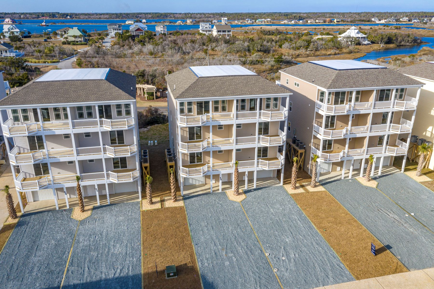 townhouses for Sale at Spectacular Townhome with Water View 826 Villas Drive N Topsail Beach, North Carolina 28460 United States