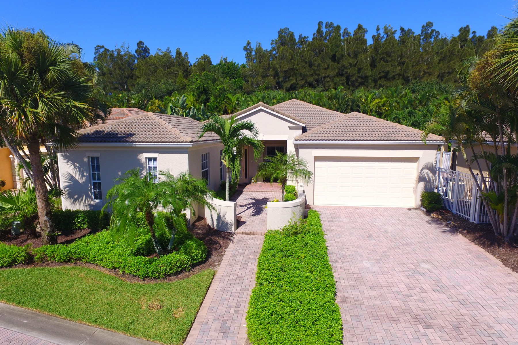 Single Family Homes for Sale at Tropical Island Style Awaits in this Turnkey Home 9575 W Maiden Court Vero Beach, Florida 32963 United States