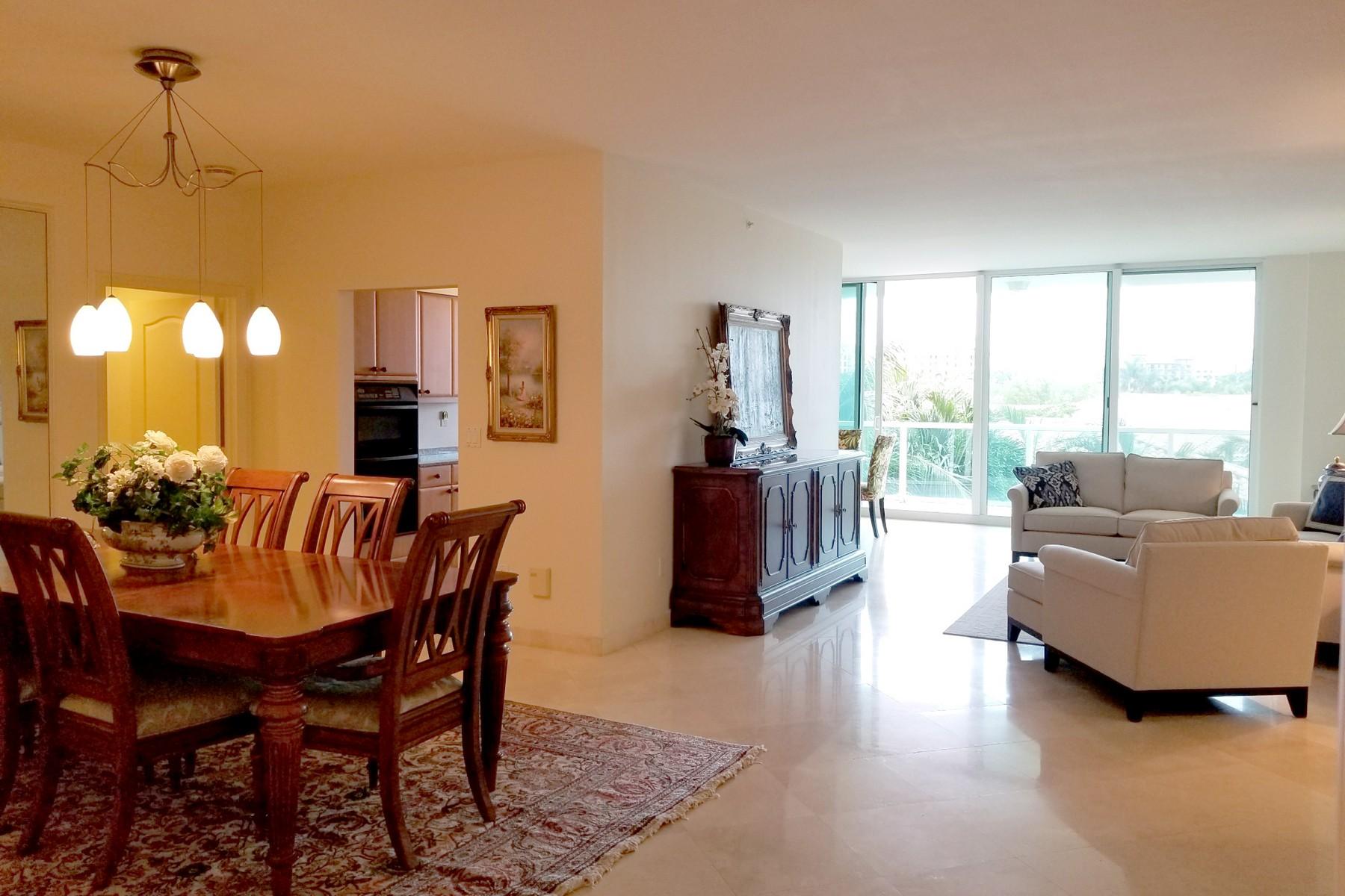 Condominio por un Alquiler en 500 SE Mizner Blvd , A302, Boca Raton, FL 33432 500 SE Mizner Blvd A302, Boca Raton, Florida, 33432 Estados Unidos