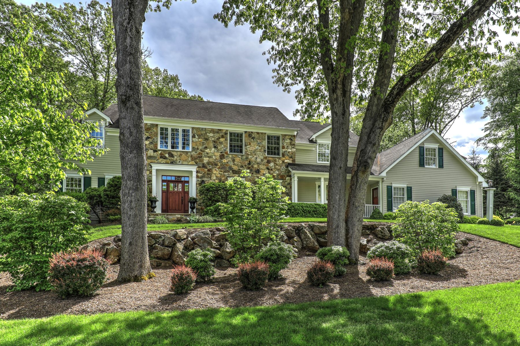 Single Family Homes for Sale at Exquisite Custom Colonial 34 Brookrace Drive Mendham, New Jersey 07945 United States