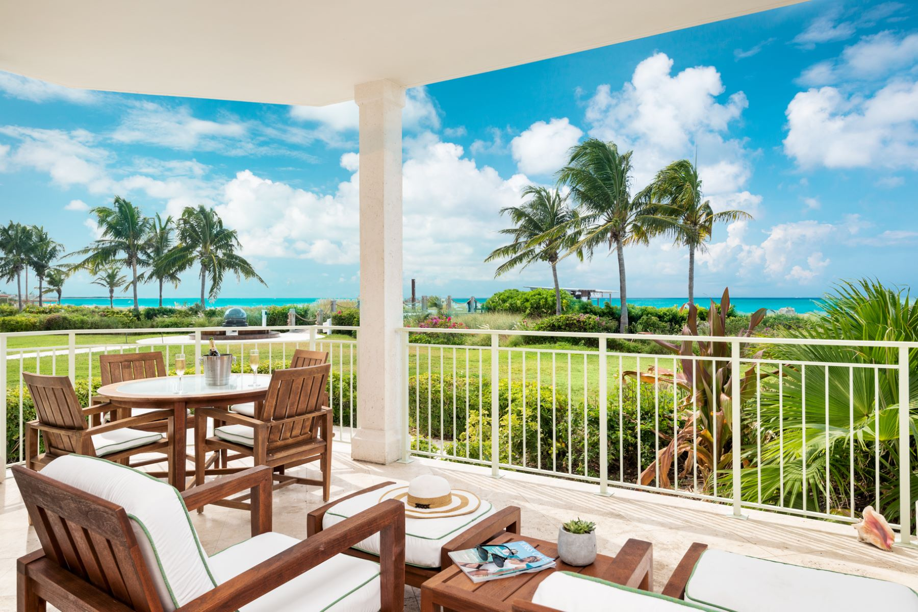Condominio por un Venta en West Bay Club ~ Suite 107 West Bay Club - Suite 107 Grace Bay, Providenciales TC Islas Turcas Y Caicos