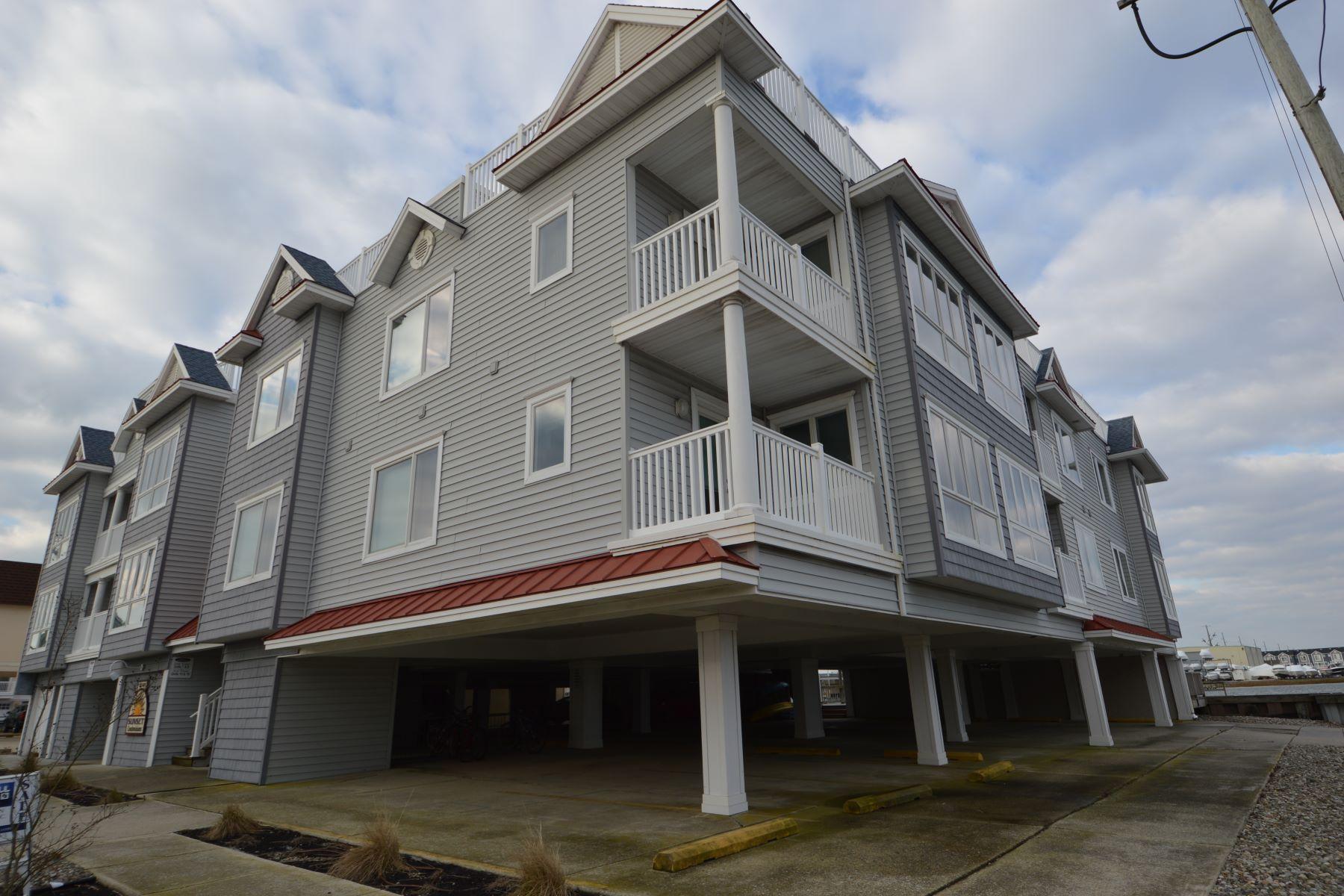 Таунхаус для того Продажа на Life on the Bay! 9501 Sunset Drive Unit 7, Stone Harbor, Нью-Джерси 08247 Соединенные Штаты