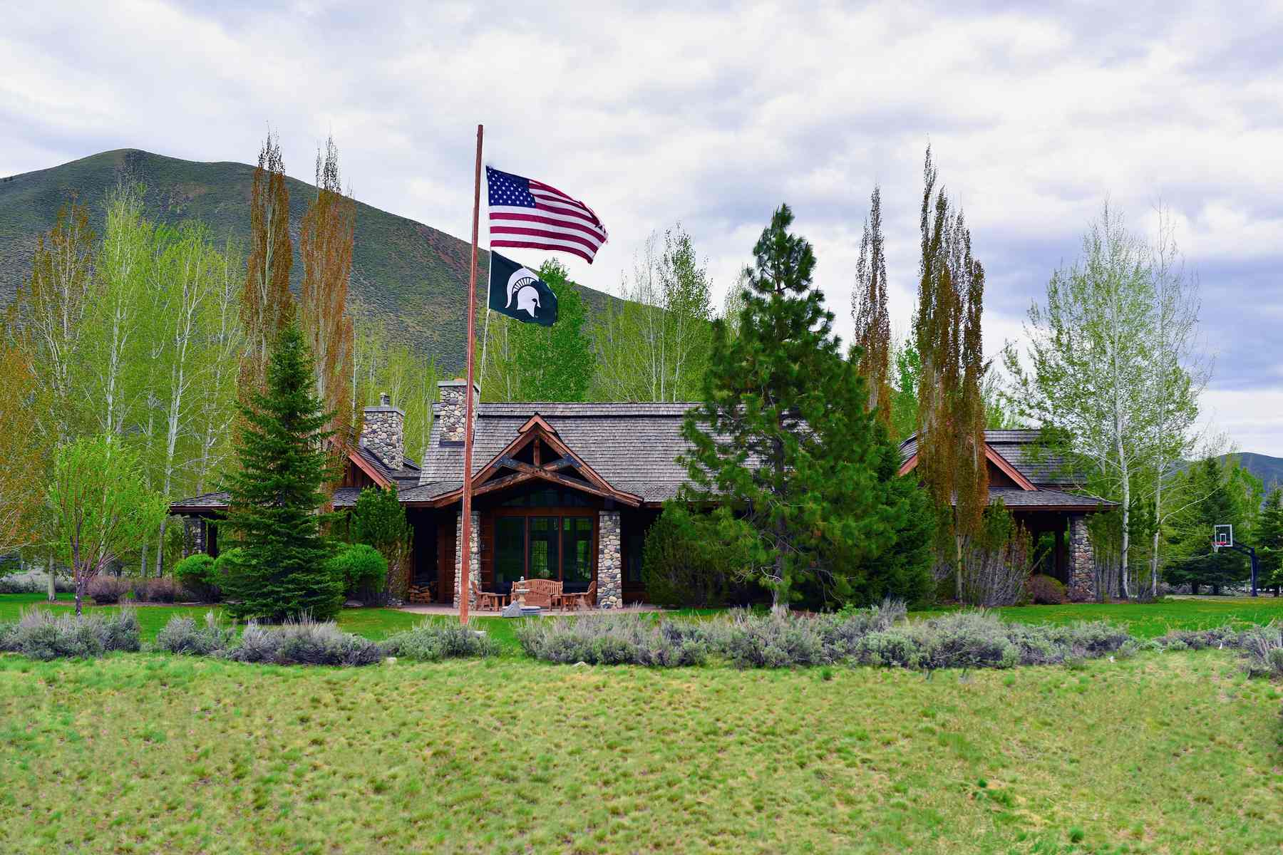 Single Family Home for Active at Luxury on Fairway Five 35 Copper Creek Road Hailey, Idaho 83333 United States