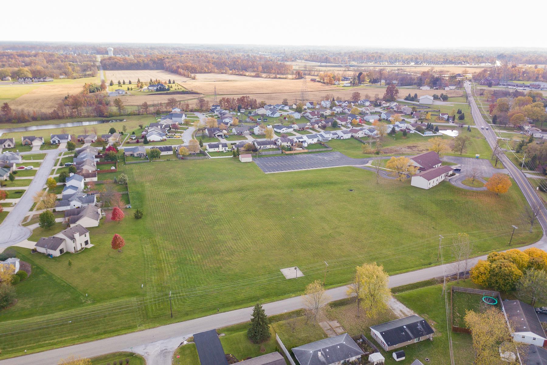 Terreno por un Venta en 4. 5 Vacant Acres 9600 Saint Joe Road Fort Wayne, Indiana 46835 Estados Unidos