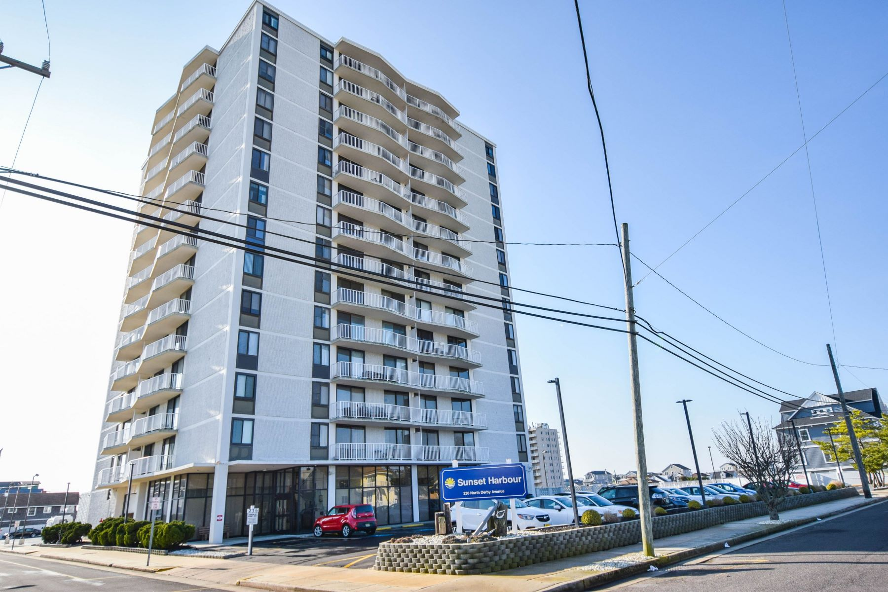 Property per Vendita alle ore Sunset Harbor 236 N Derby Ave Units 401 & 408, Ventnor, New Jersey 08406 Stati Uniti