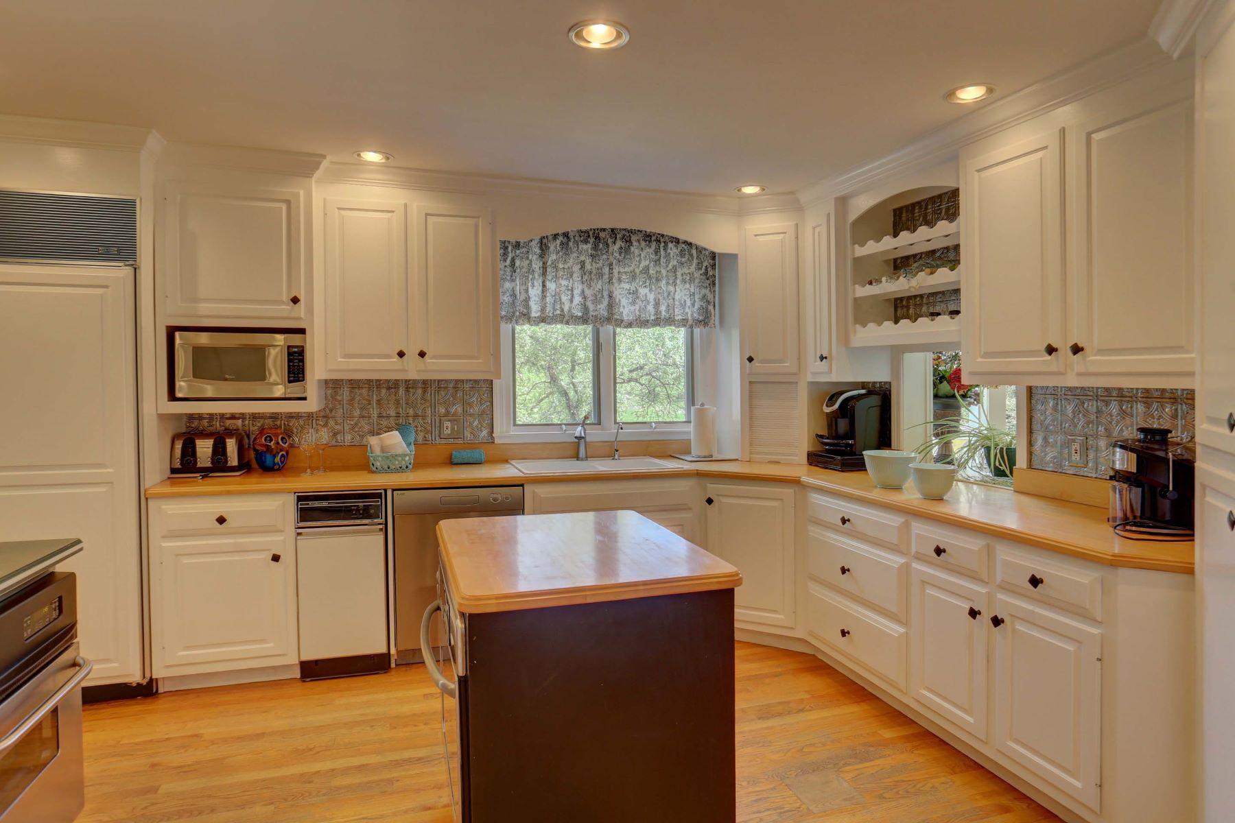 Additional photo for property listing at 663 Oakwood Lane 663 Oakwood Lane 兰开斯特, 宾夕法尼亚州 17603 美国