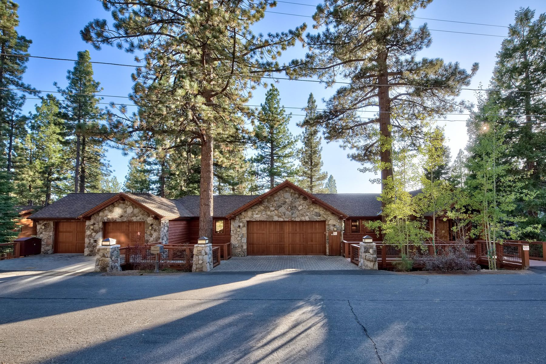 Single Family Homes for Active at Stunning Lake Tahoe home 383 2nd Tee Drive Incline Village, Nevada 89451 United States