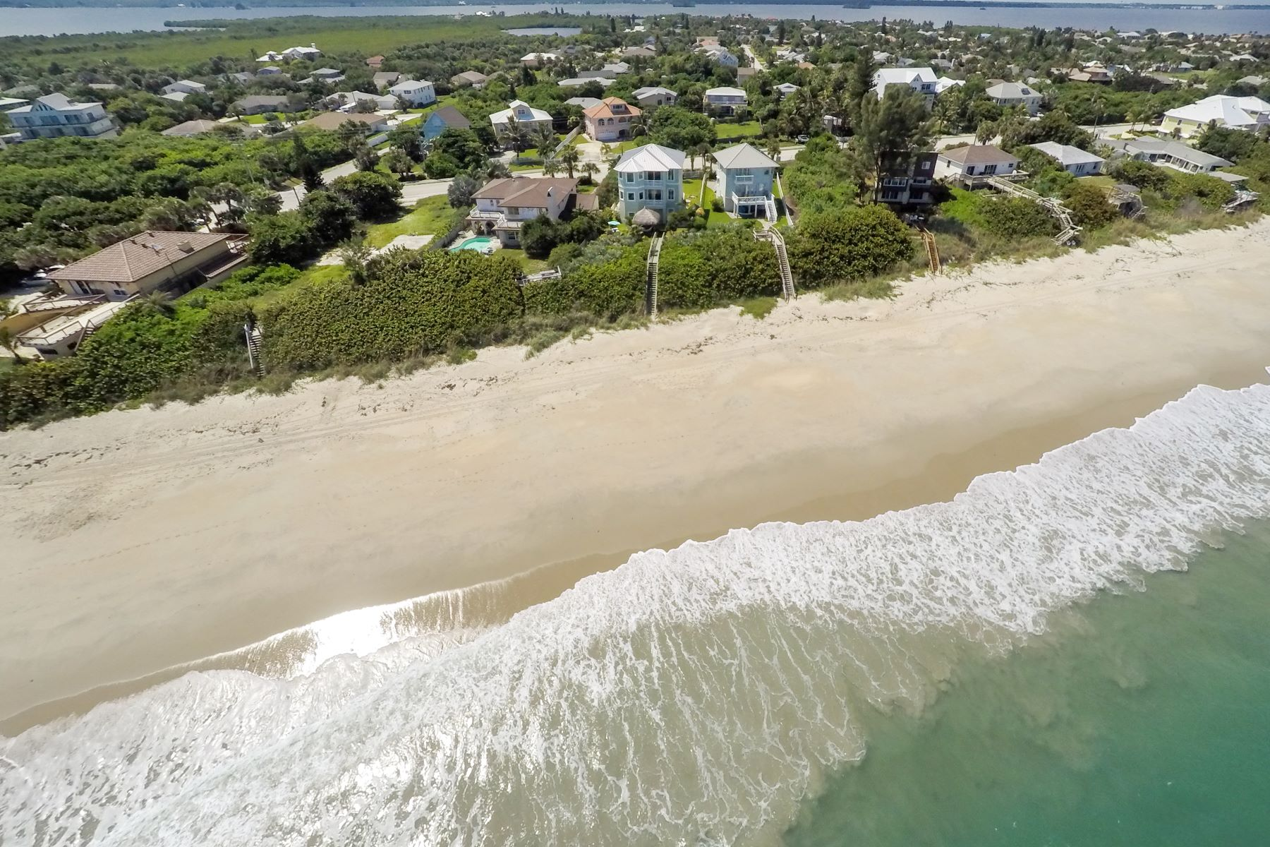 Additional photo for property listing at New Melbourne Beach 5095 Highway A1A Melbourne Beach, Florida 32951 United States