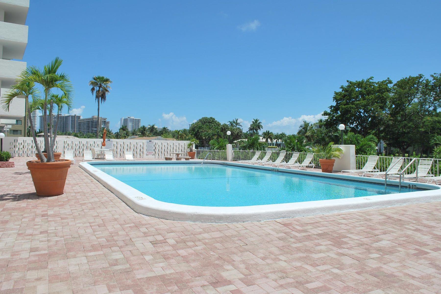 共管物業 為 出售 在 401 Golden Isles Dr. # 913 Hallandale, 佛羅里達州, 33009 美國