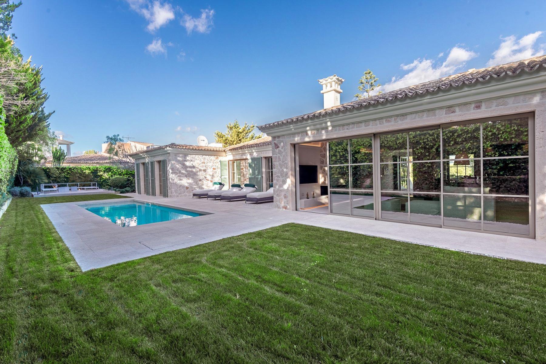 Single Family Home for Sale at Elegant property in Santa Ponsa Palma De Mallorca, Balearic Islands Spain