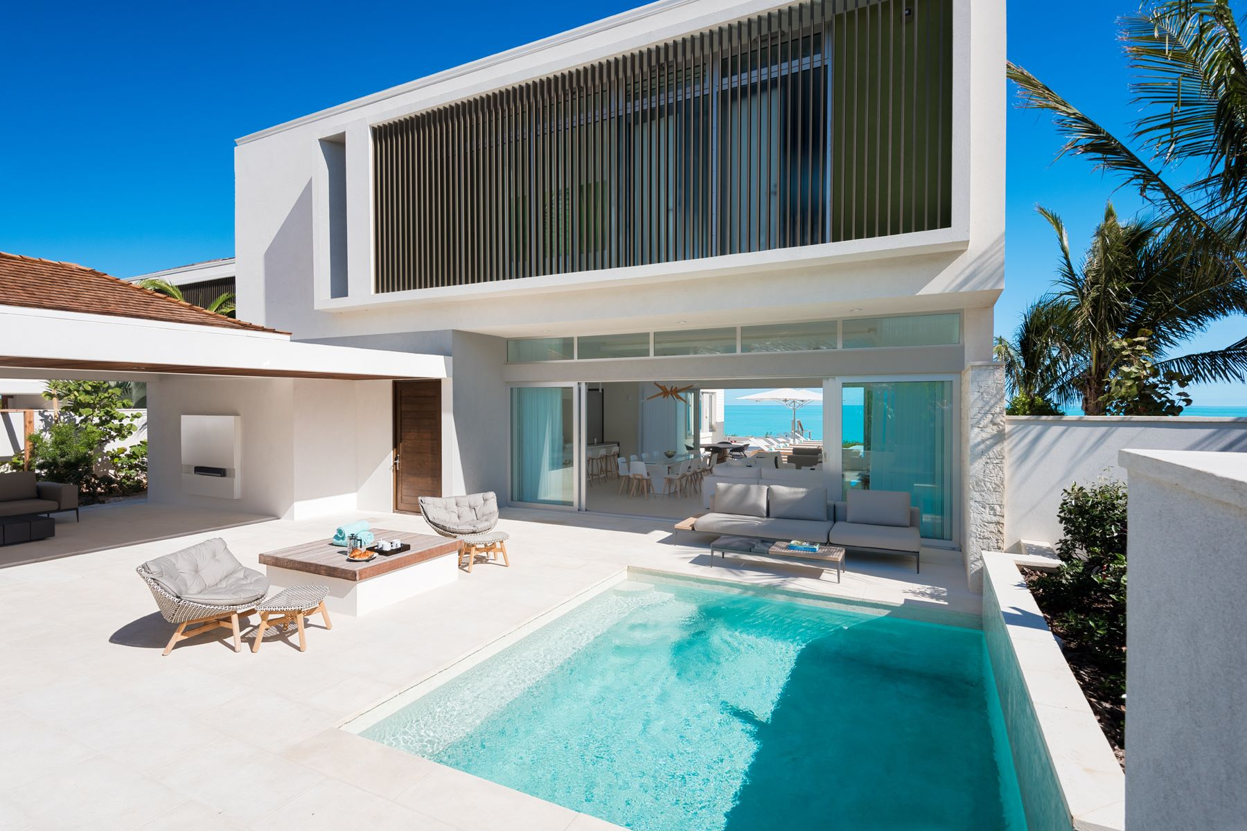 Single Family Home for Sale at Gansevoort Villa 5102 - 4 Bedroom Design Waterfront Turtle Tail, Providenciales TCI Turks And Caicos Islands