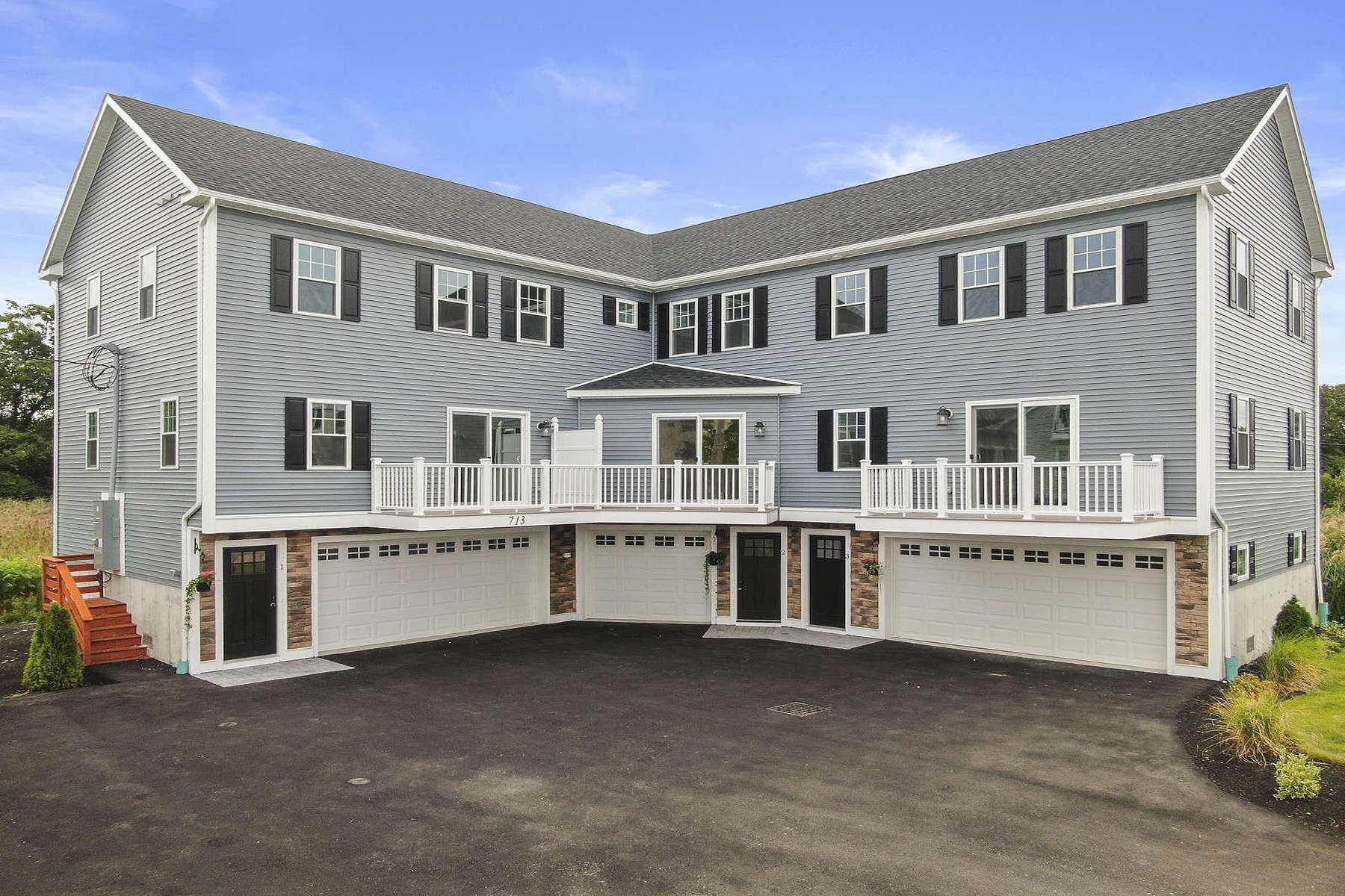 Condominiums por un Venta en 713 Sea Street, Unit 3 713 Sea Street Unit 3 Quincy, Massachusetts 02169 Estados Unidos