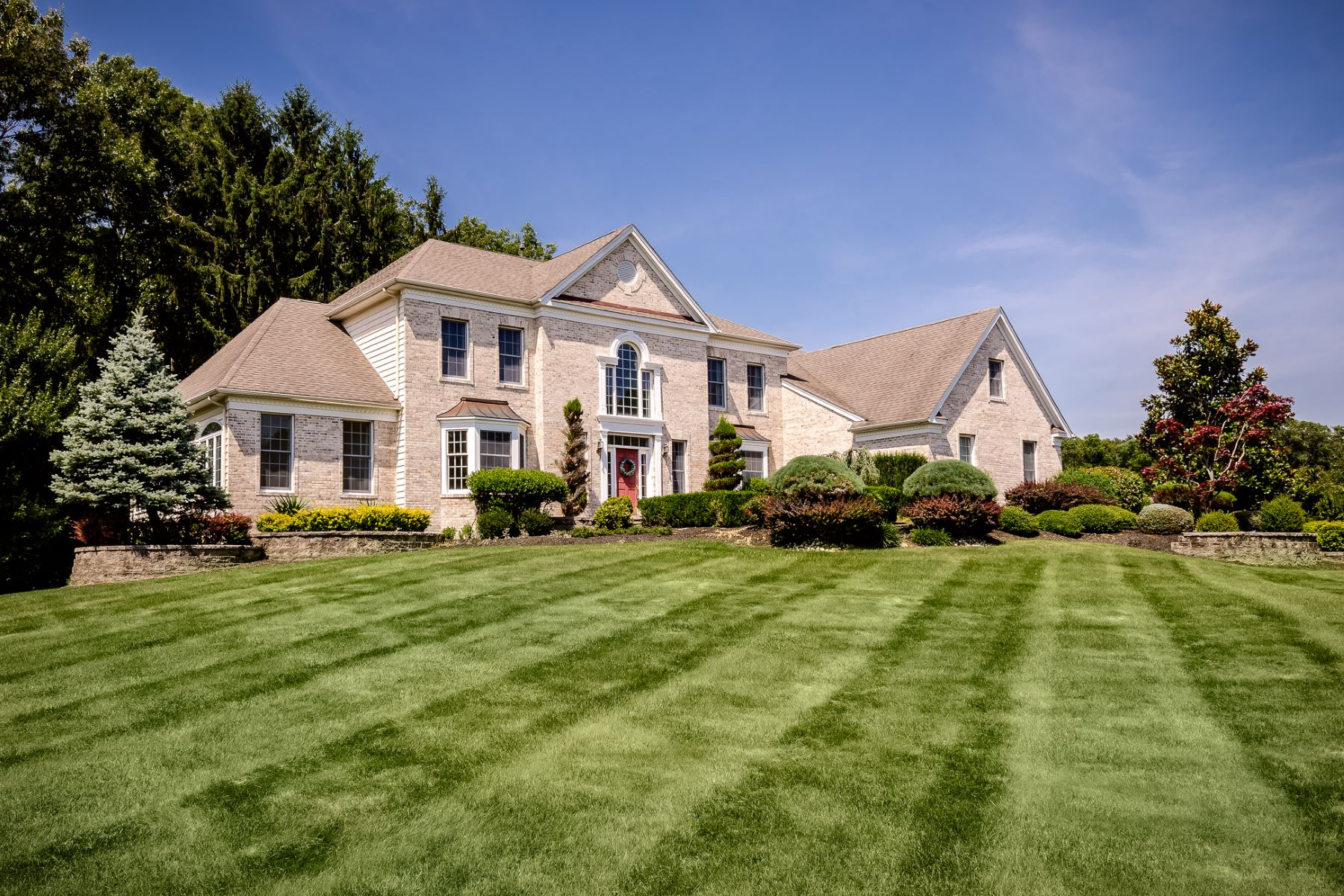 Property pour l Vente à All About Light and Space 3 Shady Brook Lane, Cranbury, New Jersey 08512 États-Unis